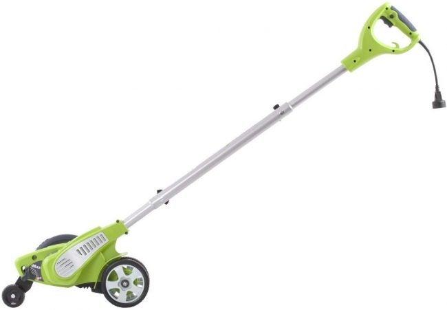 Best Lawn Edger: GreenWorks