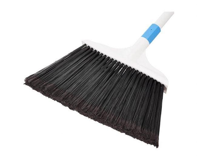 The Best Broom Option: AmazonBasics Heavy-Duty Broom
